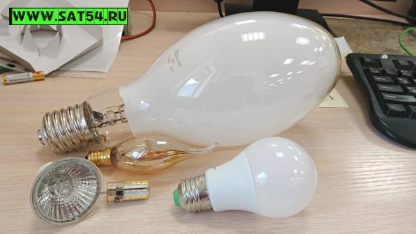 Классические лампочки для люстр и светильников, светодиодные лампы различной мощности и мощные лампы для прожекторов