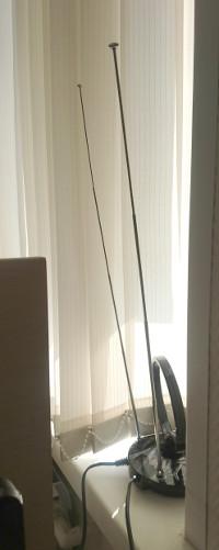 НЕ ПРАВИЛЬНО установленная комнатная антенна. Из теста DVB-T2 приставок 2018года